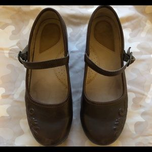 Dansko Mary Janes in Brown